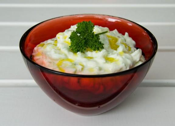 Tzatziki, morsan och lammentrecôte
